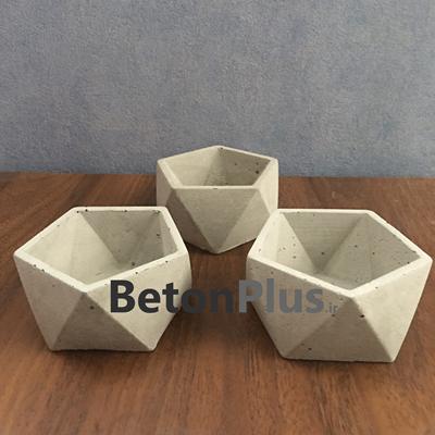 گلدان-بتنی-پنج-ضلعی-بسته-3-عددی